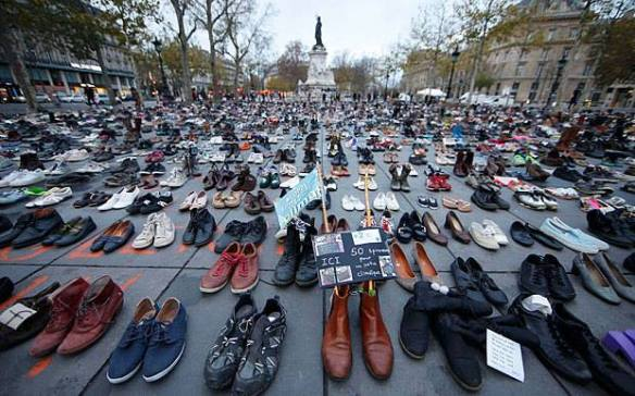 empty shoes in Paris